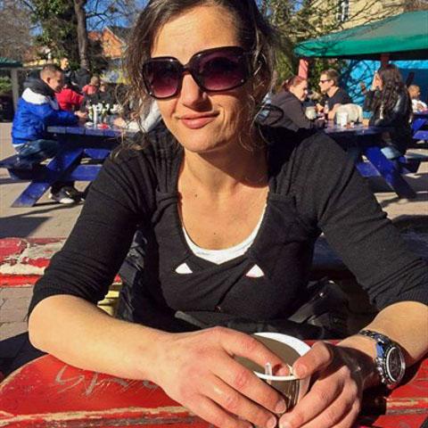 Spørg hvis du vil vide noget......      ... Brie kommer fra Sjælland - find en date - se dating profil på VIPdaters.dk