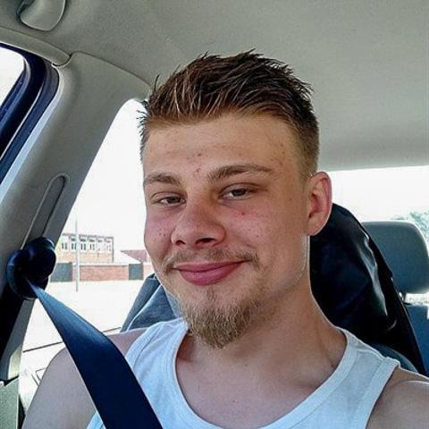 Søger en ung pige, der er sød og sjov! ... skriver1996 kommer fra Syddanmark - find en date - se dating profil på VIPdaters.dk