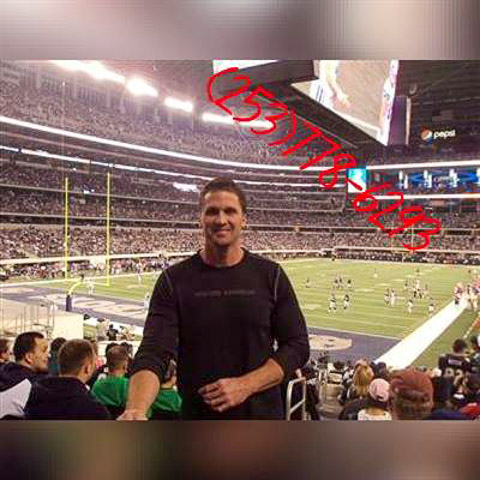 I'm a single dad to one beautiful girl. She is very important in my life and I would expect a partner who can see that and accept  ... Romanticgent4u is a single man from New York, Knickerbocker. Find love - view dating profile at VIPdaters.com