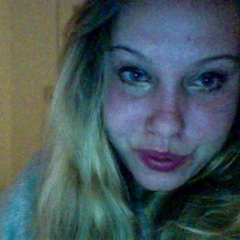 jeg søger en kæreste som vil med på date :) jeg er danser og   ... Nelle kommer fra Hovedstaden - find en date - se dating profil på VIPdaters.dk
