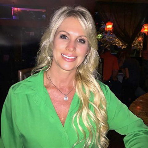 I am looking for someone that will compliment me not complete me, a man  that can be himself and expects me to be the same. (I am ... coolsharon51 is a single woman from California, Los Angeles. Find love - view dating profile at VIPdaters.com